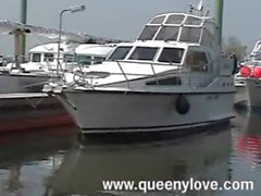 queenylove - boat blowjob