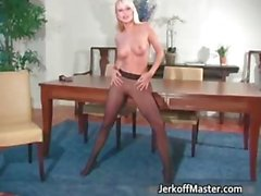 Sexy stripper Jana Cova shows her huge part1