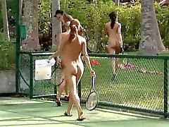 Nackt in der Öffentlichkeit Videos