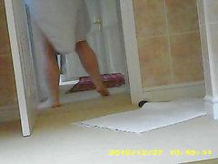 Hidden cam of chubby wife's legs and feet