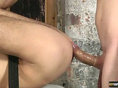 Hung and hot Luke Desmond gets some big cock from twink boy