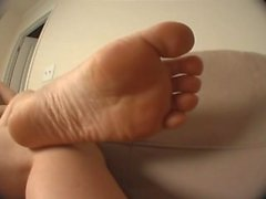 Rose's Sexy Sole Tease