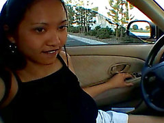 Thai slut is willing to engulf a rod right in the car