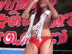Thai public Dance 5