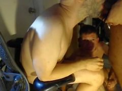 "Antonio Walks In (partie II de ""Alex Sucking and Shaving"")"