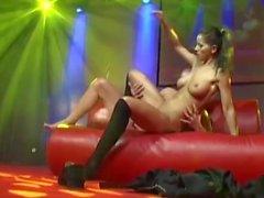 livesex pornshow with busty teen