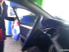 Carole Goldnerova car wash striptease