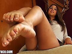 Cl feet 5 joi