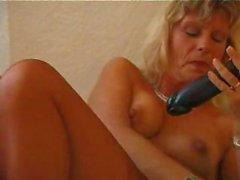 Nocturnal MILF shiela with an indelicate bush blasts off with a dildo