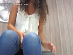 crachement-girls-5