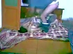 Indian hot Punjabi Lovers Playing in bedroom-Mms