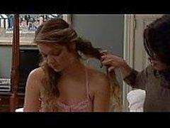 esposa seduzir anf porra babá em uma cena lésbica maravilhoso