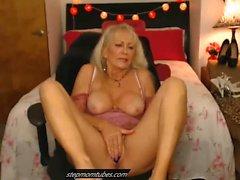 Сексуальная бабушка Камминг Жесткая камера