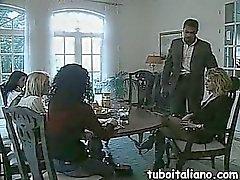 Ragazza Italiana Inculata da Negro