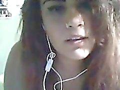 fille avec des seins énormes sur skype (avec le son)