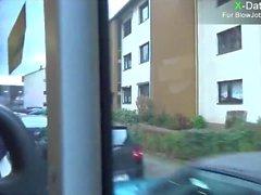 Im Öffentlichen Bus geblasen