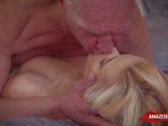 Natural tits pornstar handjob and cumshot