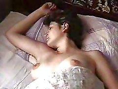 Fille de turc Dort Après avoir Le Sexe