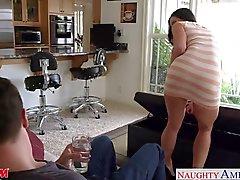 Quente mãe de Kendra A luxúria exame torneira