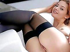 Teen beauty Anna Tatu sexy body close up