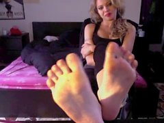 Foreign blonde chick foot tease
