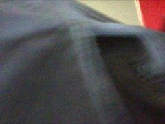 upskirt in sous la il jupe del capre Cliente di b