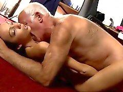 Vanhan miehen ja nuoria girl seksiä porno galleries Cees vanhat editorin