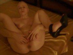 French Maid (Mon Mec A Moi)