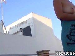 Krakenhot - Voyeur видео зрелой жены обнаженной наружной