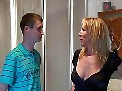 Amateur homemade threesome with 2 Milfs and a guy