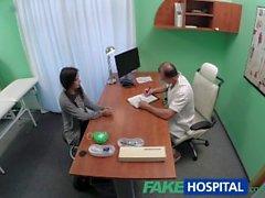 FakeHospital Siyah saçlı öğrenci horoz istiyor