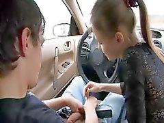 adorable pijpbeurt in mijn auto
