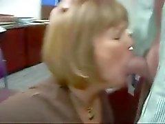 Russian Amatören Slampa kontoret Suga