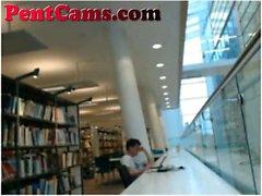 Webcam Girl Masturbates In Library