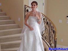 Erstaunliche bride von ihren Photograph Cumshot sehen