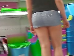wife in ultra mini skirt no panties