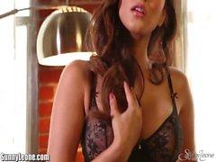 Sunny Leone&#039_s black lingerie