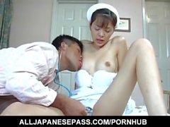Hijiri Kayama suce le patient bite et lèche cum après est baisée