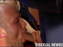 Ensimmäinen biseksuaali imevät ja vittu on hämmästyttävää