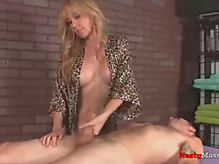 2 milfs give great jock massage