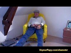 voyeur papy enjoys strapon lesbian french chicks