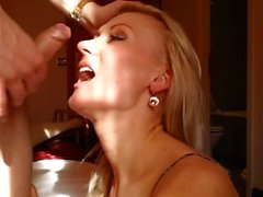 Massive cumshot on a hot blonde