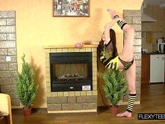 Beautiful standing spreads by Nebaskowa