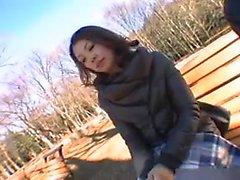 Striking Asian babe con una il culo celesti prende un carico caldo sul