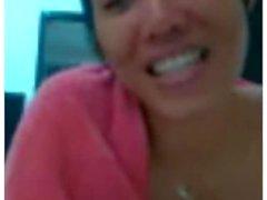 thai girl sa taking a shower on webcam pt 2