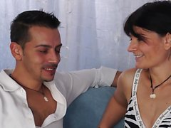 ScambistiMaturi - Mature lady in hardcore Italian sex