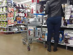 candid pawg milf tight jeans pt3
