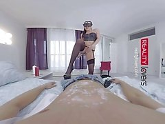 RealityLovers VR - Mistress demands Obedience