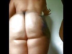 applaudissement Big booty blanc gras en string!