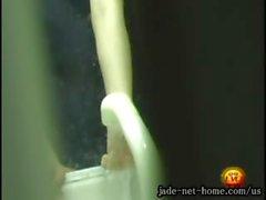 le jade -net- nous La masturbation 2.wmv ' DLE5 - 07_ intérieure de Caméra Cachée peu de SIS